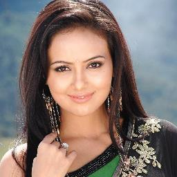 Sana Khan Profile Pic