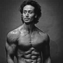 Tiger Shroff Profile Pic